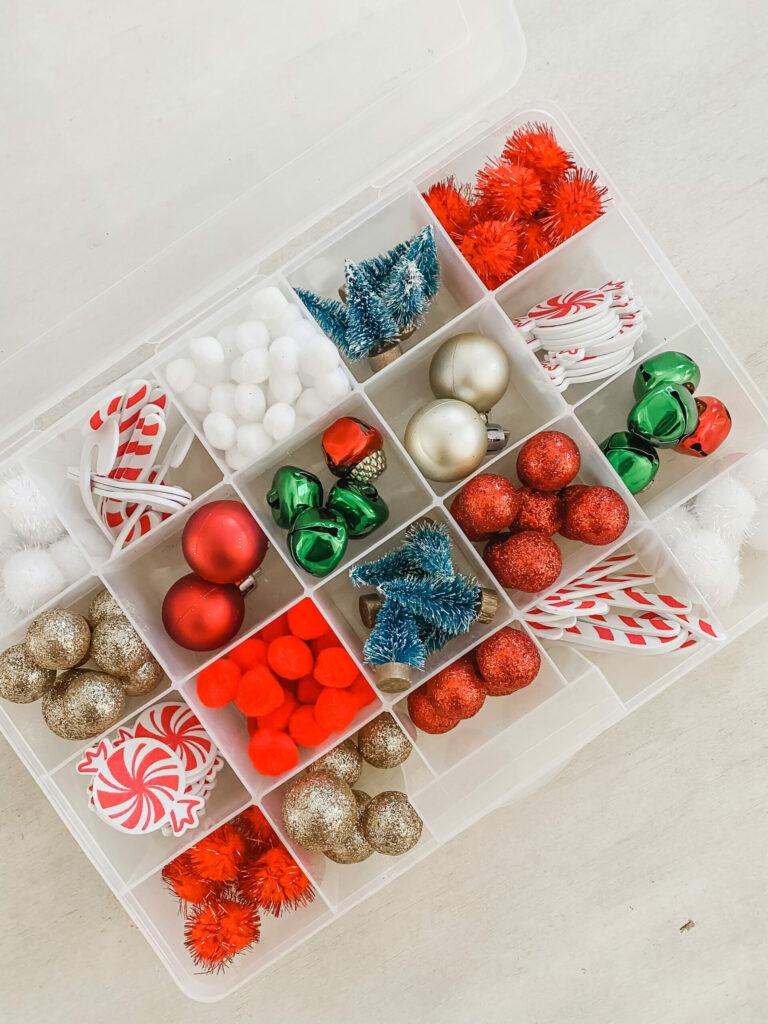 christmas-sensory-bin